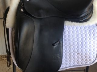 Prestige D1 Lux Dressage Saddle