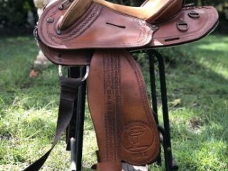 "15"" HALFBREED SADDLE"
