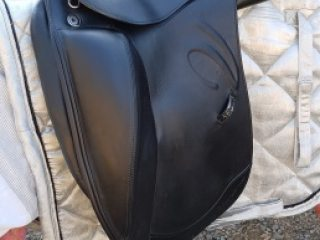 Prestige Verona Mono Dressage Saddle 17' M/W gullet (adjustable)