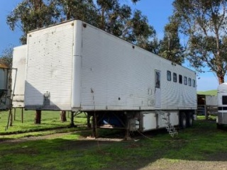 40 ft freight liner 8 horse