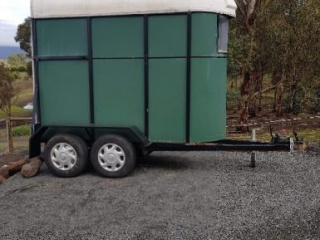 Solid Dual Axle Float
