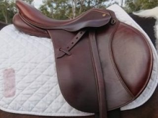 Trainers Professional Deluxe Jumping Saddle
