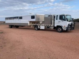 8 horse gooseneck and truck package