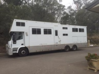 2010 ML225 Iveco 588L + 2014 Rivenlee Horse Truck